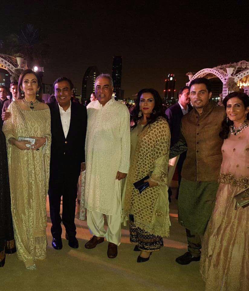 Bollywood star Aamir Khan in Bahrain for Indian wedding