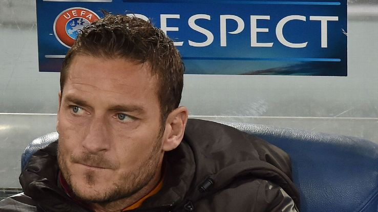 Spalletti set to rain on Totti party