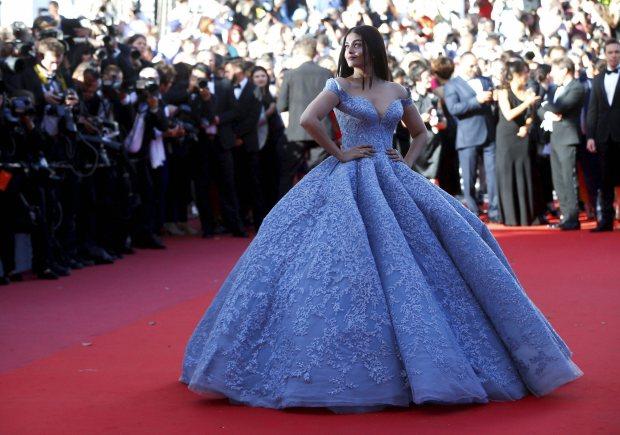 Photos: Aishwarya Rai Bachchan looks stunning at Cannes