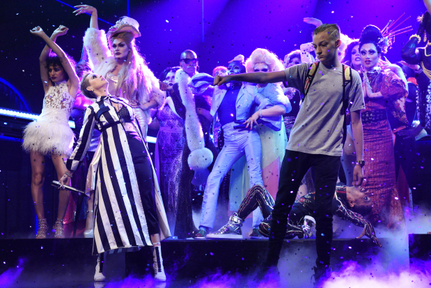 Katy Perry's 'backpack kid' steals show during 'SNL' gig