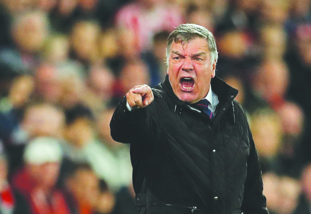 Allardyce quits as Crystal Palace manager
