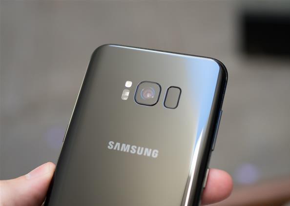 Samsung investigating Galaxy S8 'iris hack'