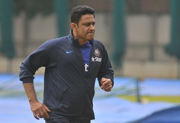 India advertise for new coach as Kumble's contract ends