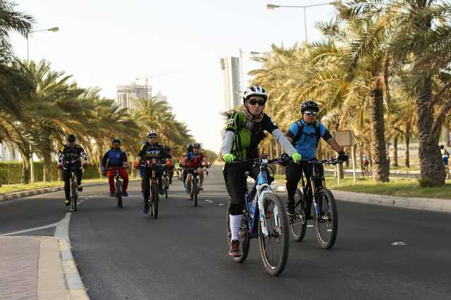 400 riders join initiative to promote safe cycling
