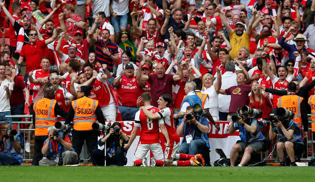 Arsenal win English FA Cup after beating Chelsea 2-1