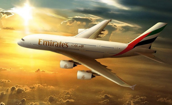 Emirates suspends flights to Qatar