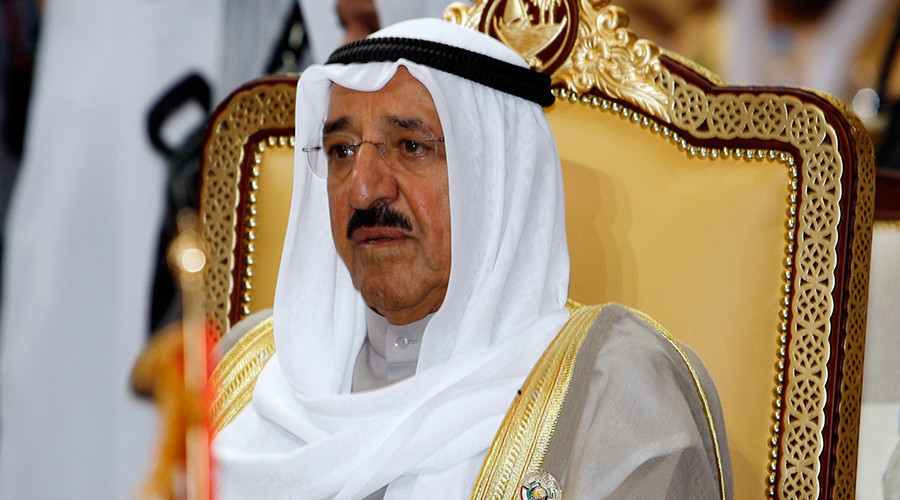 Kuwait seeks to mediate Arab crisis over Qatar