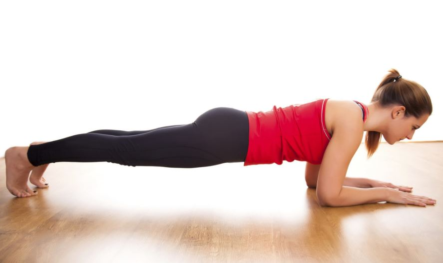 Here are SEVEN good reasons to do planks everyday