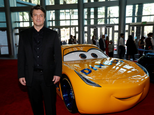 Hollywood: Photos: Armie Hammer brings his adorable kids to the 'Cars 3' premiere