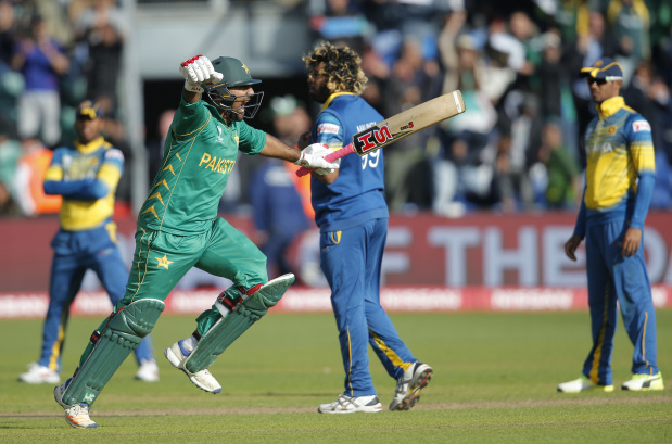 Pakistan overcome nerves to seal Champions Trophy semis slot