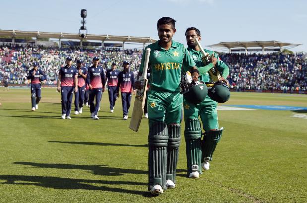Ruthless Pakistan overwhelm shell-shocked England