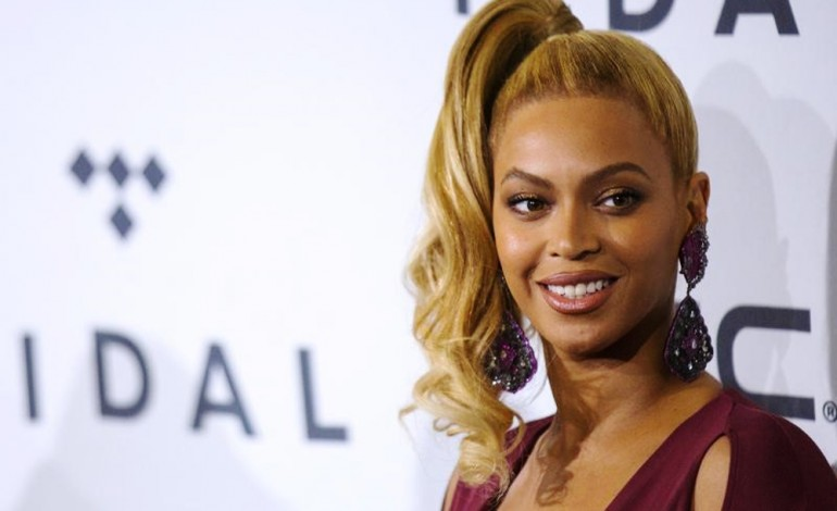 Pop superstar Beyonce gives birth to twins