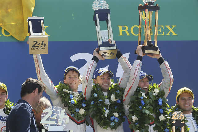 Porsche leaves it late to win 24 Hours Le Mans for third year