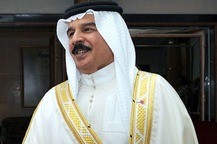 King Hamad orders Eid grant for widows, orphans