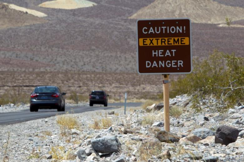 Four die from heat in sweltering U.S. Southwest