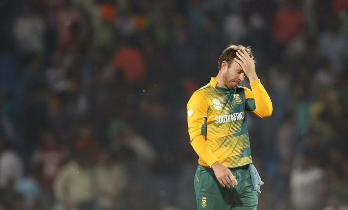 De Villiers vows to hit back