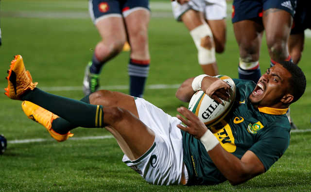 South Africans rout France to sweep series