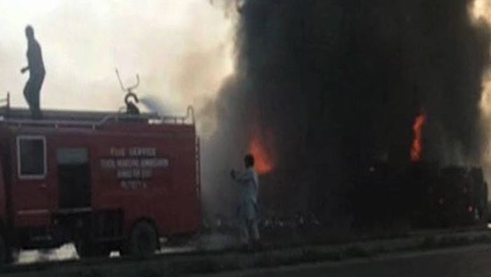 123 killed, 100 injured as oil tanker explodes in Pakistan