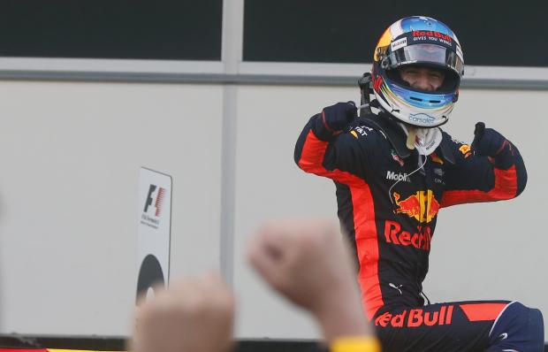 Red Bull's Daniel Ricciardo wins chaotic Azerbaijan Grand Prix, Vettel penalised