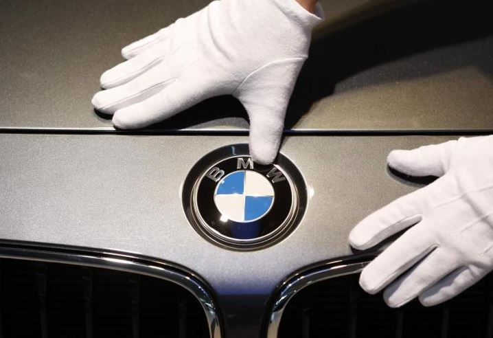 BMW announces $600 million expansion as it celebrates 25 years