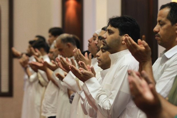 Thousands perform Eid prayers countrywide