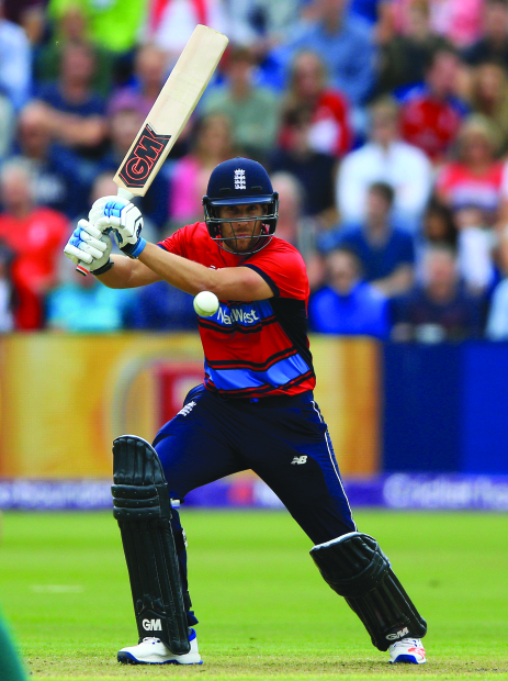 England seal T20series in style