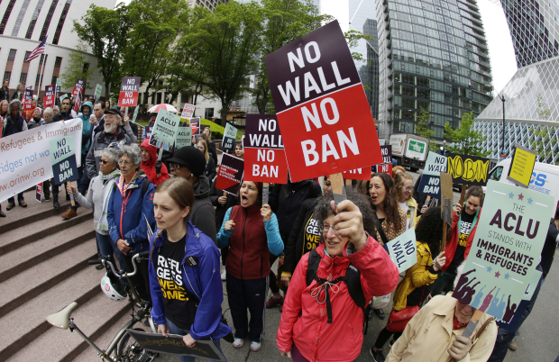 Supreme Court reinstates part of Trump travel ban