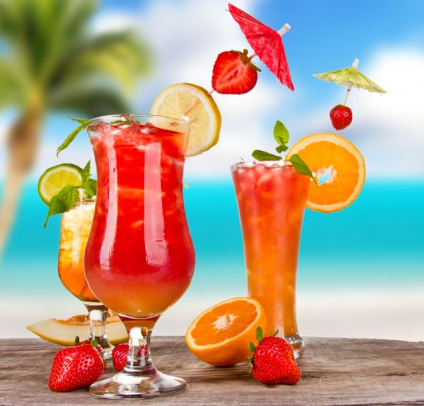 Ditch that can of soda and try these healthy drinks to beat the heat this summer!