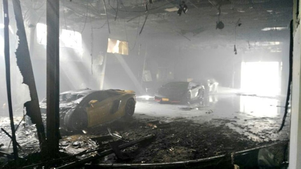 Lamborghini worth OMR170,000 gutted in fire