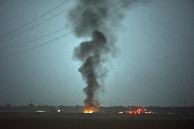 World News: Military plane crash kills at least 16 in Mississippi