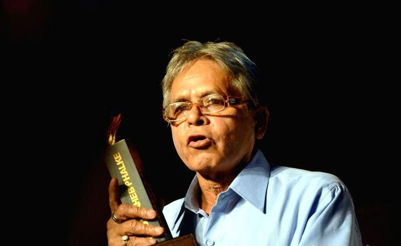 Award-winning lensman dies in road accident