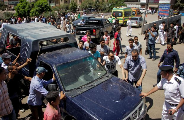 Egypt attacks: Two tourists stabbed to death; five policemen killed