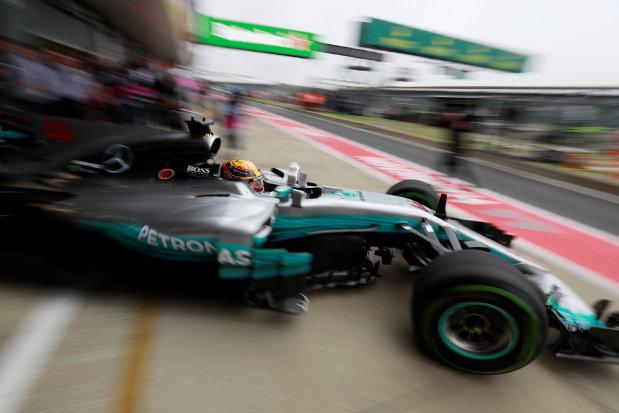 Hamilton fastest in final practice before rain hits Silverstone
