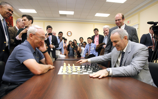 Chess legend Kasparov picks St. Louis competition for return