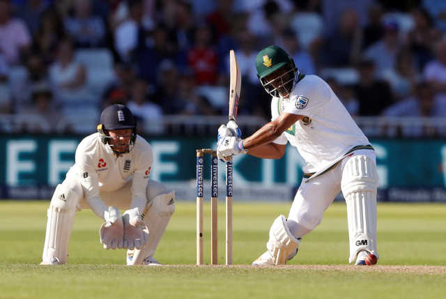 South Africa set challenging target to England