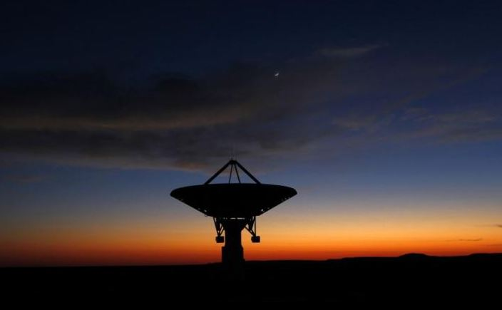 'Peculiar' radio signals emerge from nearby star