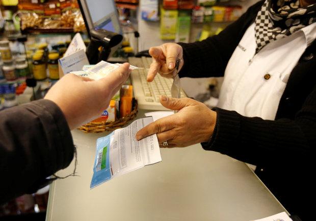 Uruguayans begin buying cannabis in pharmacies in world first