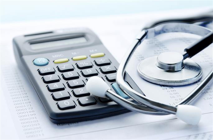 Kuwait to levy health fees on visitors, expats within next two days