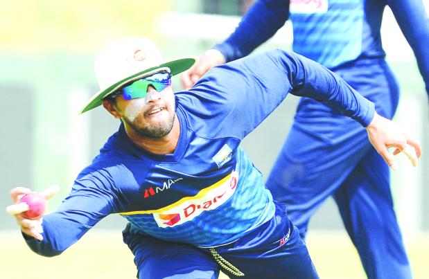Sri Lanka look to strike back