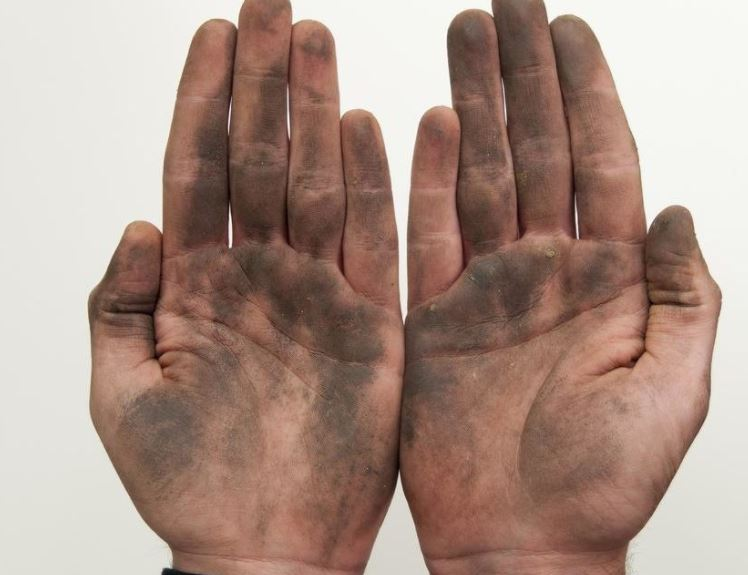 Seven filthiest things you touch in your everyday life