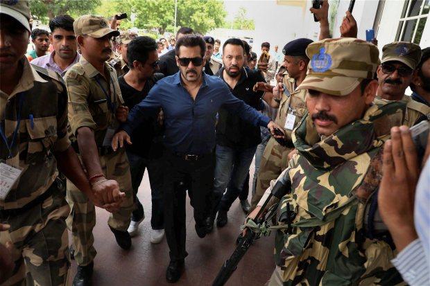 Bollywood: Photos: Salman Khan appears in Jodhpur court for Arms Act case