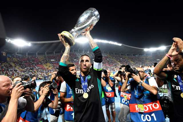 Real beat Manchester United to lift Super Cup
