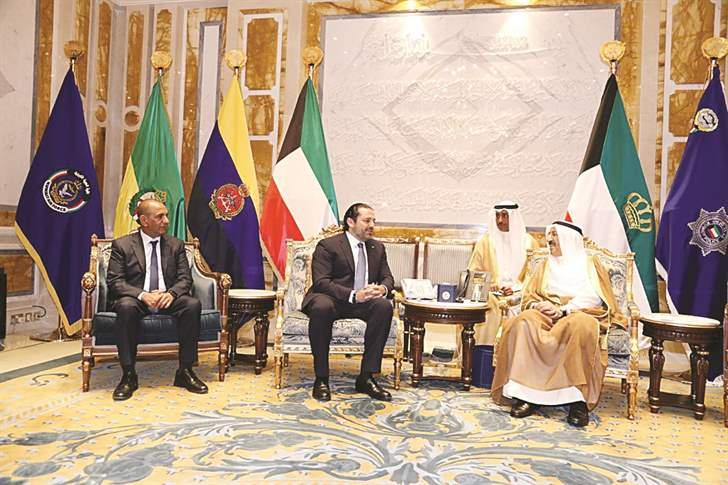 Amir of Kuwait receives Lebanese Premier