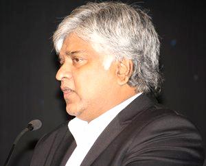 Ranatunga slams Sri Lanka board