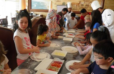 Culinary adventure for kids, parents at Danat Jebel Dhanna Resort