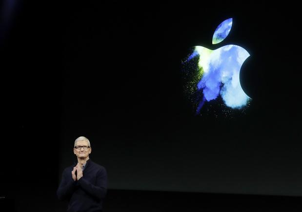 Apple under pressure to dazzle as market slows