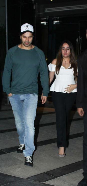 Bollywood: Varun Dhawan photographed hand-in-hand with 'girlfriend' Natasha