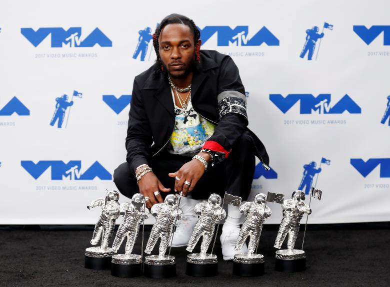 Celebs: In Pictures: Kendrick Lamar, P!NK, Ed Sheeran dominate 2017 MTV Video Music Awards