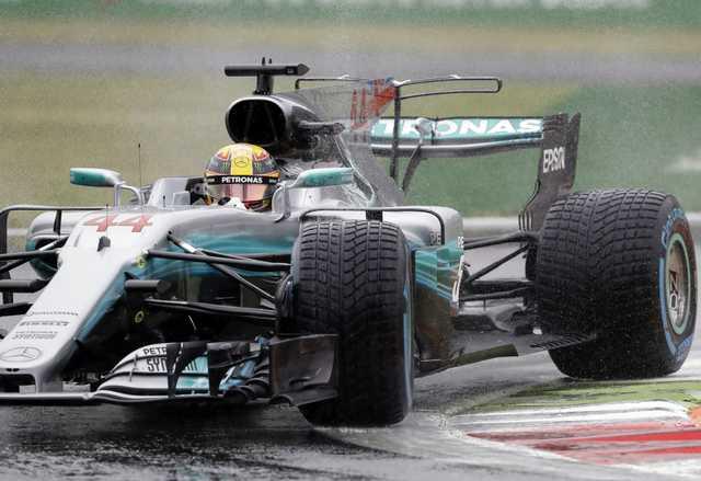 Hamilton takes record 69th pole at Monza