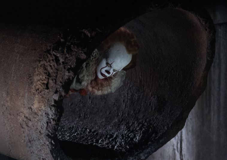 A sinister Pennywise returns with a big dose of nostalgia in 'It'